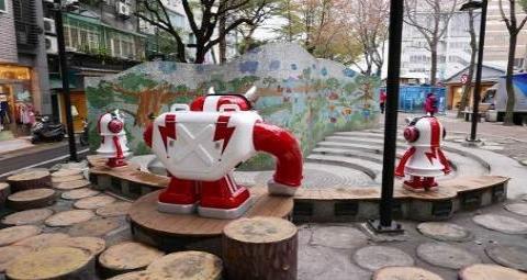 圖片2: 基地C:音響機器人BIGPOW