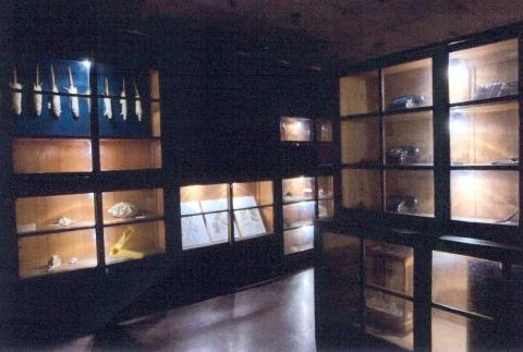 圖片2: 臺大藏珍閣     The Chamber of Uncanny Objects