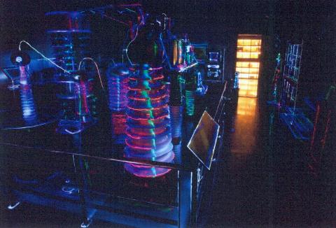 圖片3: 光拓臺大--物理文物廳    Radiant Pioneering  - NTU Heritage Hall of Physics