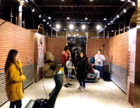 圖片3: A案---疊合現在及過去-臺北西區虛擬實境Beimen VR Tour     (Seeing the Past through the Present: Virtual Reality Tour of West Taipei-the North Gate)